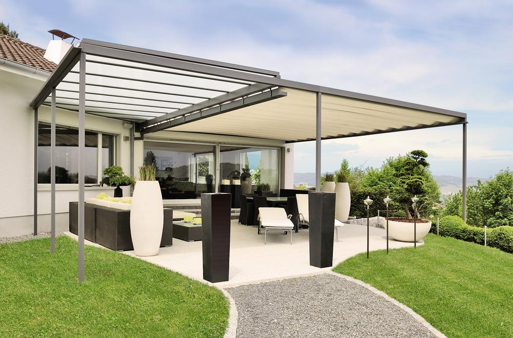 avant toit en verre maison toit en verre quelle toiture de v randa choisir travaux com with. Black Bedroom Furniture Sets. Home Design Ideas